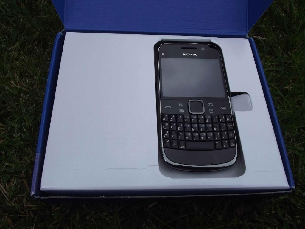 3-Nokia_E6