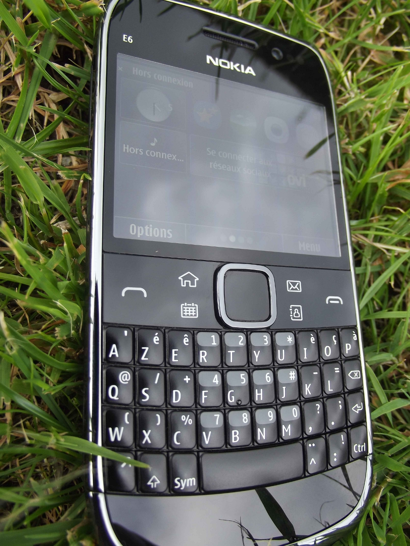 4-Nokia_E6