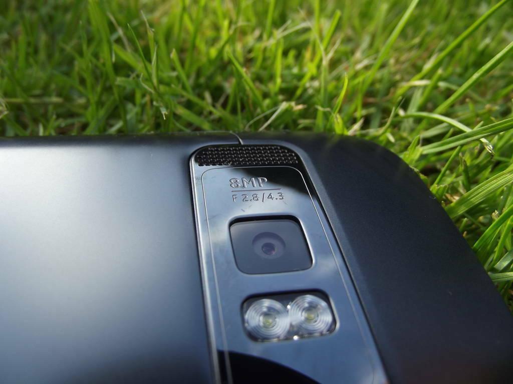 13-Nokia_701