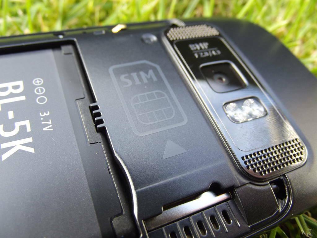 19-Nokia_701