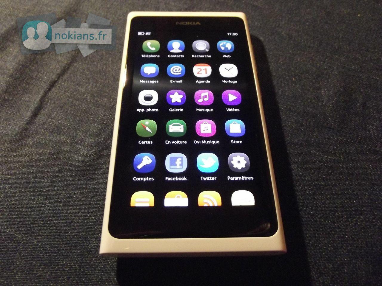 White_Nokia_N9_NokiansFr_09