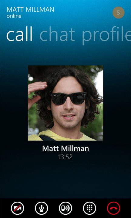 Skype met en scène la gamme Lumia pour sa publicité