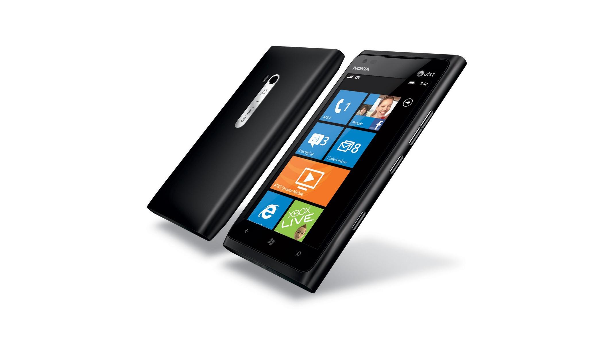 Bug sur le Lumia 900 : Nokia «offre» le mobile