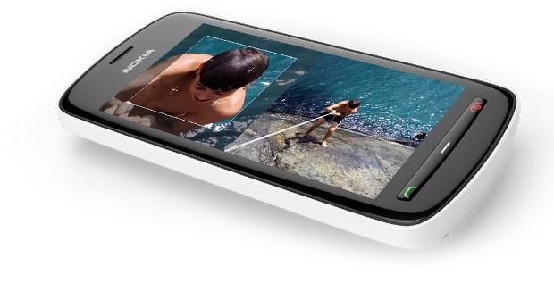 Tests vidéo du Nokia 808 PureView et de l'iPhone 4S