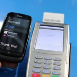 NOKIA_LUMIA_610_NFC_payment_machine