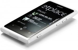 White-Lumia-800