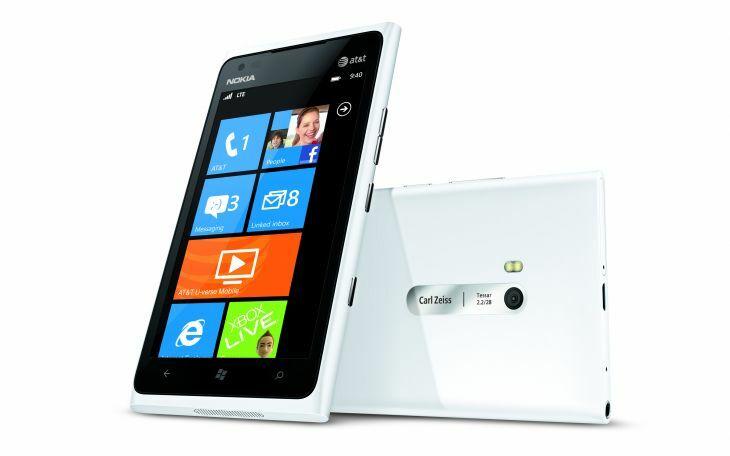 Comparatif en vidéo HD des Nokia Lumia 800 et 900