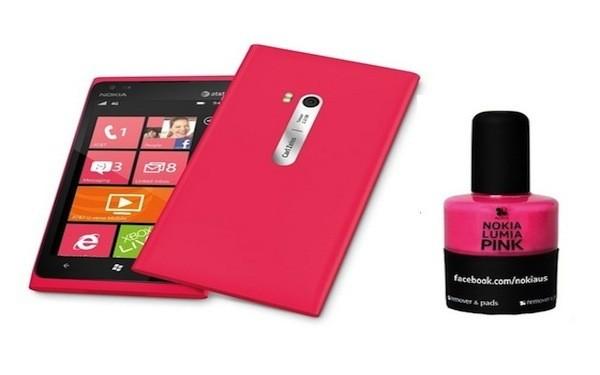Nokia USA : Achetez le Lumia 900 Pink, le vernis à ongles offert…