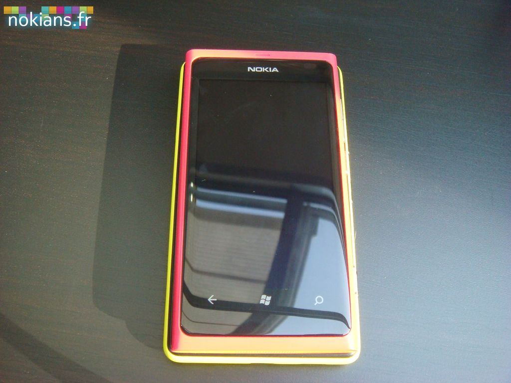 Lumia820-Lumia800 (4)