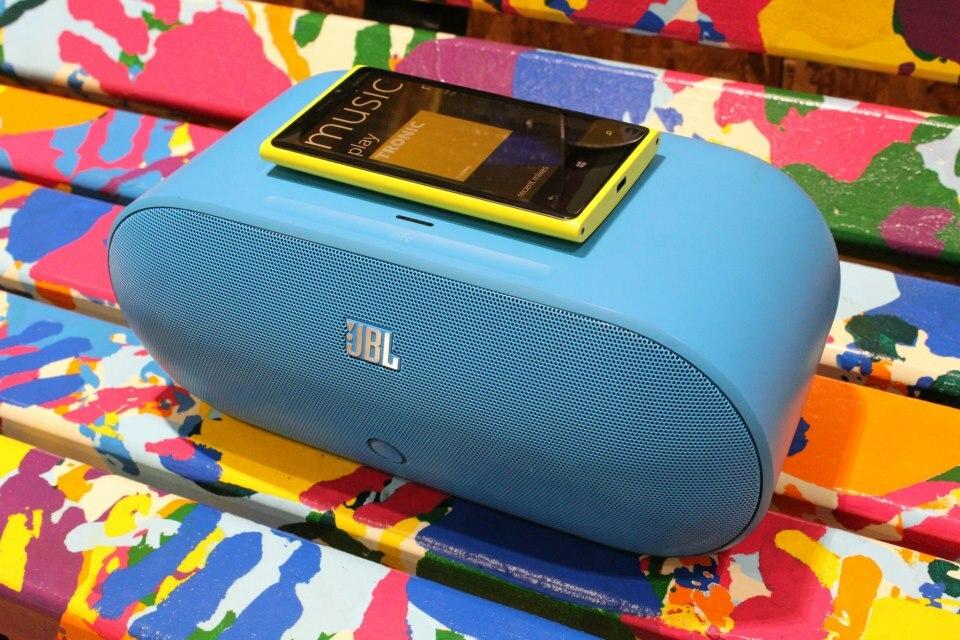 Nouvelle galerie des accessoires : JBL PlayUp & PowerUp, Fatboy, Nokia Purity Pro…