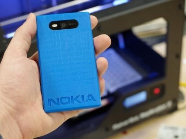 Makerbot imprime ses premières coques 3D pour le Lumia 820
