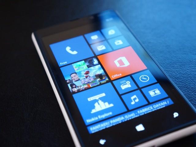 """""""Point to Scan"""" et """"Tilt to Talk"""" sur les Windows Phone"""