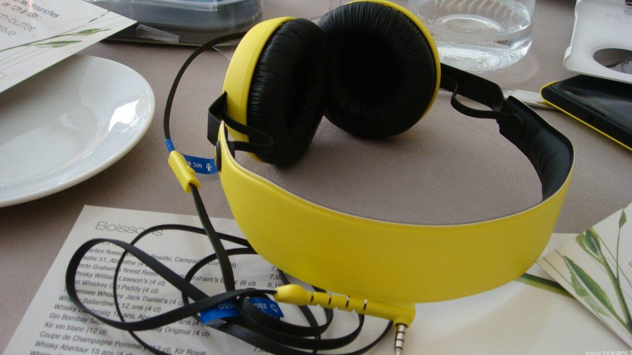 Photos et avis du casque Boom et des écouteurs Pop de Nokia