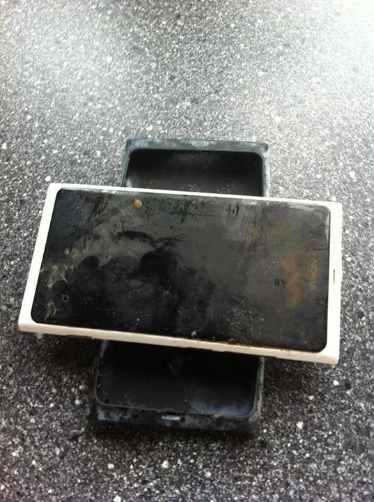 Nokia Lumia 800 : 3 mois dans un lac, et il fonctionne toujours !