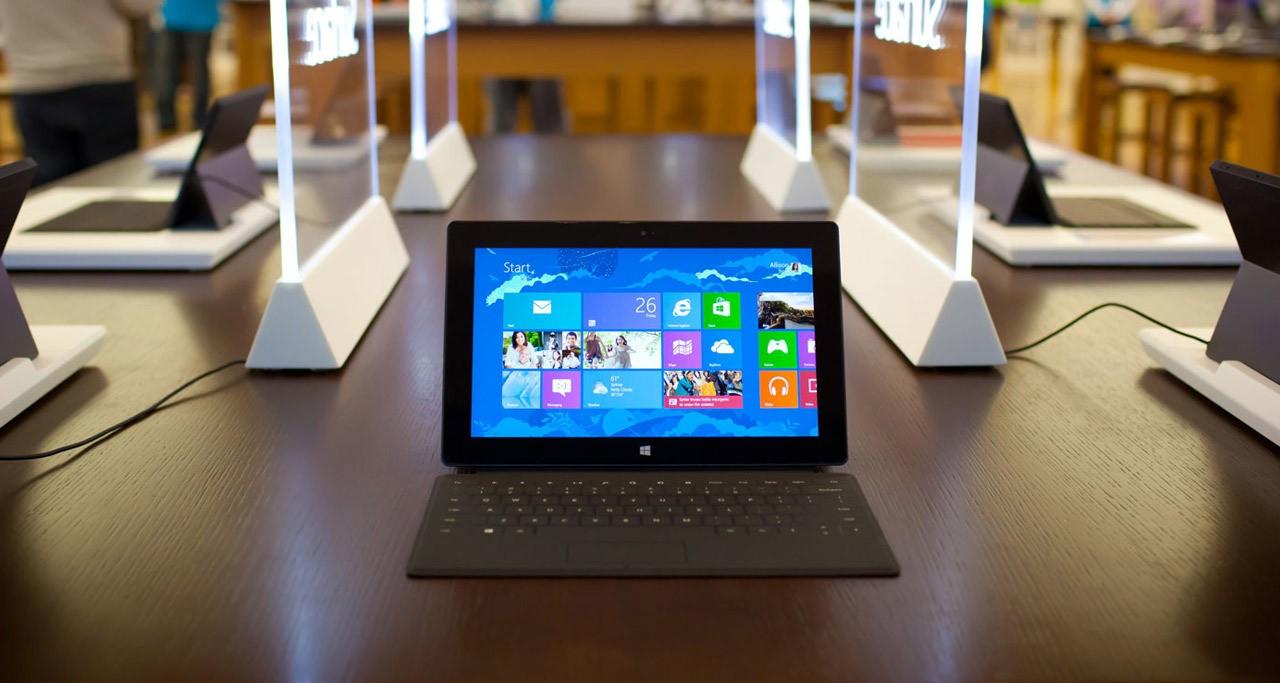 [M6] La Microsoft Surface servie sur «un plateau»