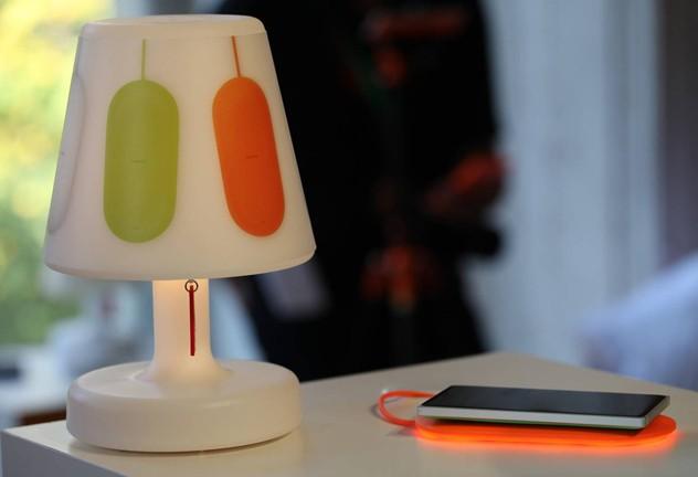 [Concept] Microsoft Mobile dévoile une lampe Fatboy qui alerte lors de receptions de notifications