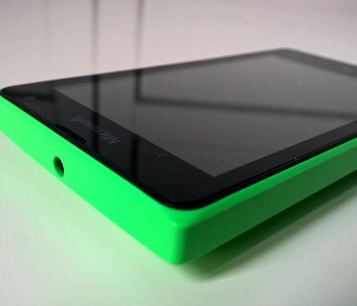 [Vidéo] Le Lumia 435 de toutes les couleurs