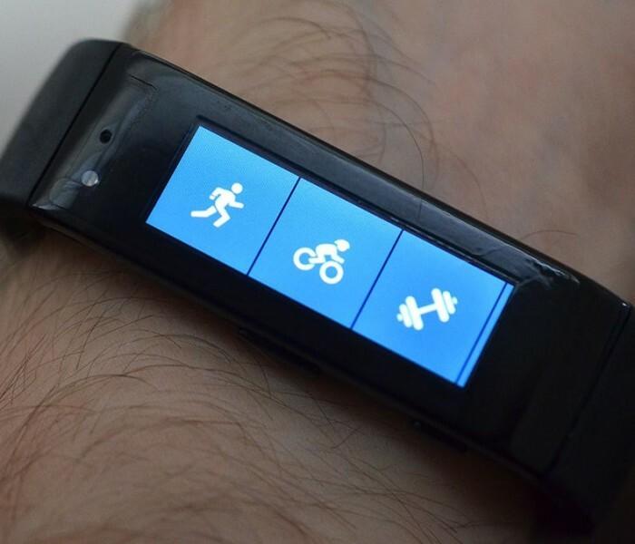 La Microsoft Band apparait sur @mobilefunfrance (livraison en France)