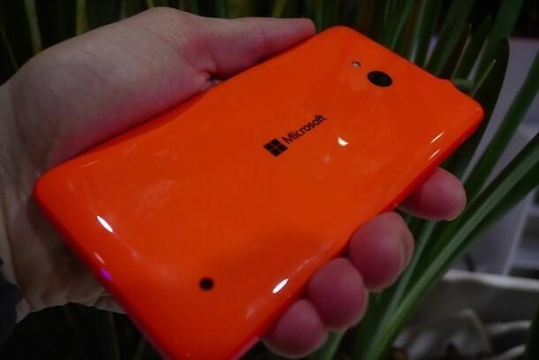 mwc15-prise-en-main-lumia-640-lumia-640-xl-2