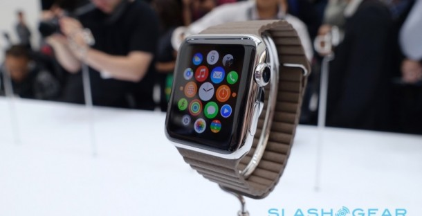 apple-watch-hands-on-sg3-820x420