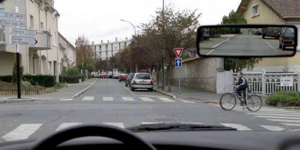 intersection-sans-signalisation-2