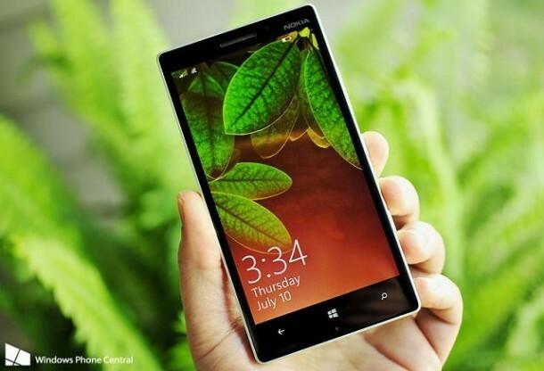Lumia_930_lede_holding