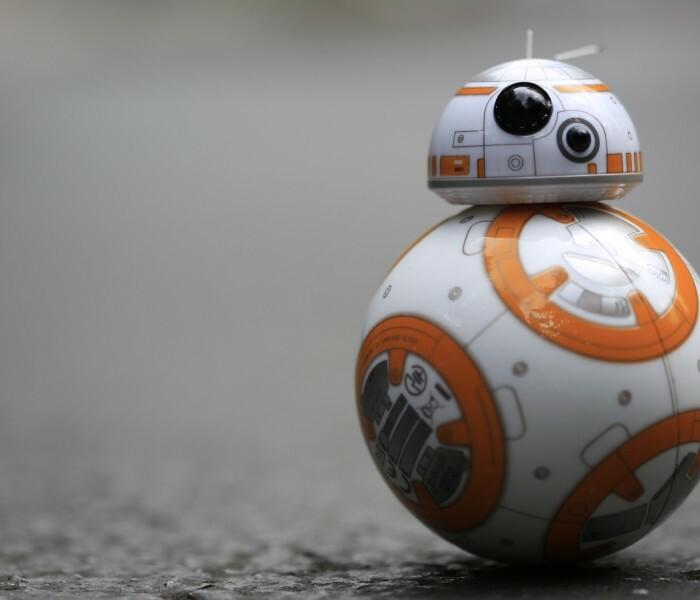 Pilotez votre BB-8 comme si vous étiez dans Star Wars!
