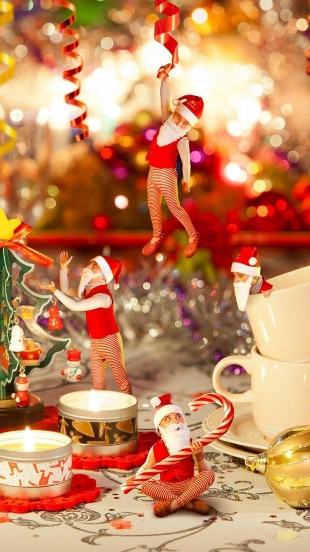 christmas-wallpaper-for-iPhone-1080x1920-christmas-tree-decorate-santa-wallpaper