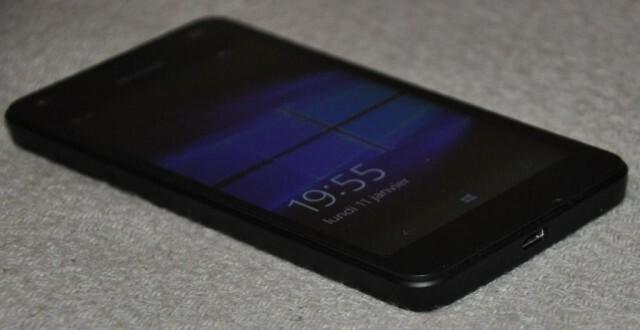 Microsoft Lumia 550 Coté Face