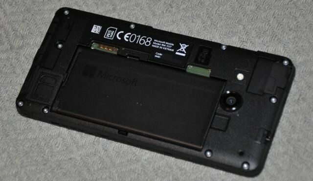 Microsoft Lumia 550 Dos Démonté