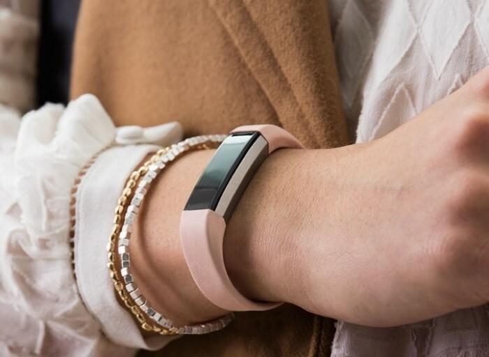 Fitbit présente son nouveau bracelet connecté, le Fitbit Alta