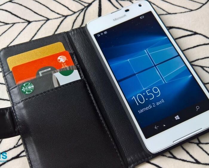 Test de la coque Olixar portefeuille en cuir pour Lumia 650