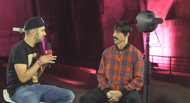 Interview de Anthony Kiedis des Red Hot Chili Peppers en 360° avec Nokia OZO