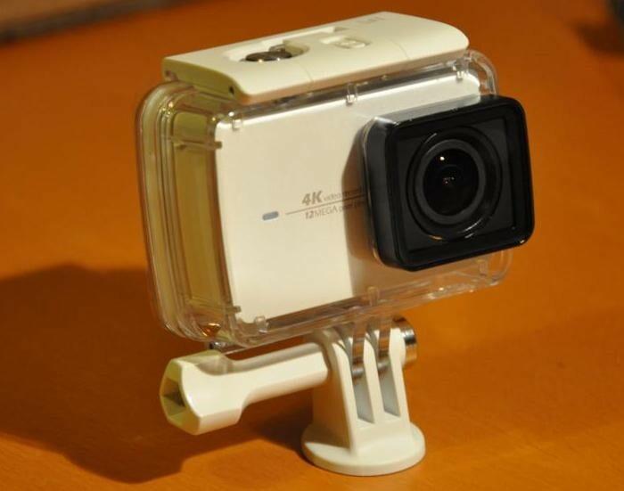 Déballage en photos et vidéo de la caméra sportive YI 4K et de son étui waterproof !