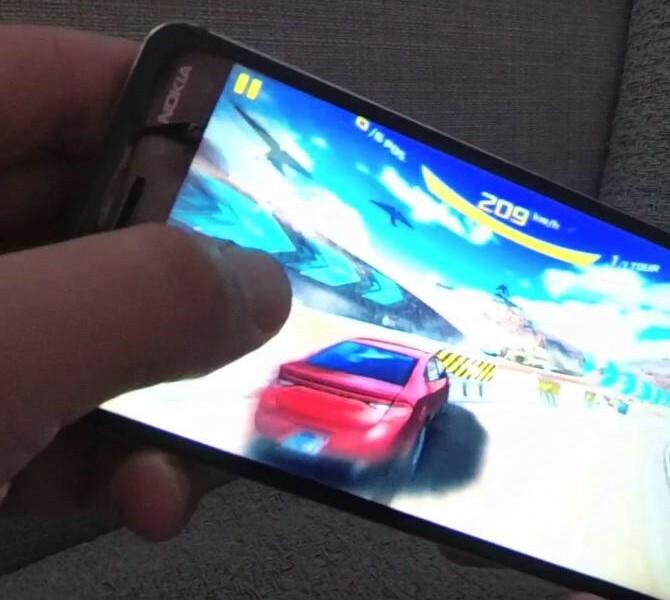 [Vidéos]  Asphalt 8 : Airborne & Traffic Rider sur le Nokia 6 !