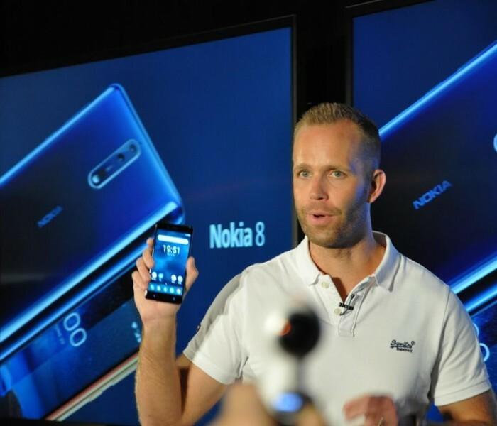 [Nokia 8]  4 couleurs avec des spécifications différentes