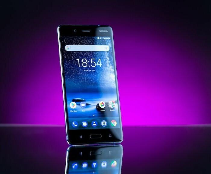 MobileFun vous propose des accessoires pour le Nokia 8