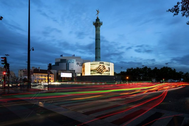 Nokia 8 Place de la Bastille Paris 2