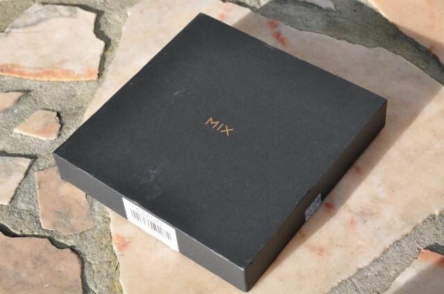 Xiaomi Mi MIX 2 - 1
