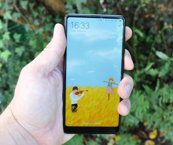 [Unboxing]  Déballage et présentation du Xiaomi Mi MIX 2 !