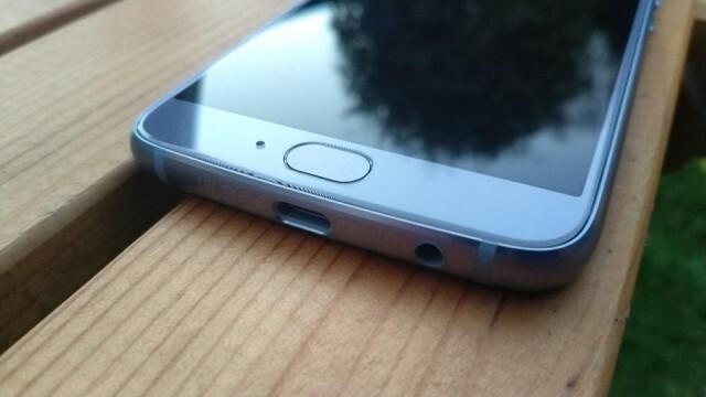 Moto X4 Nokians 9
