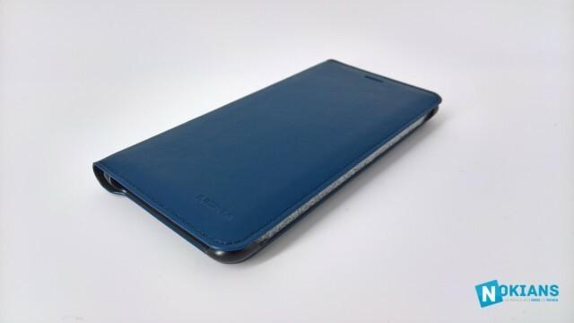 Nokia8-coque-bleue-officielle-3
