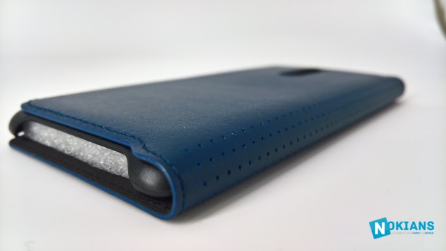 Nokia8-coque-bleue-officielle-5