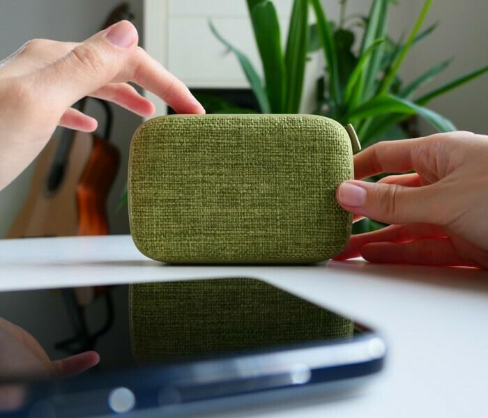 Présentation de l'enceinte Energy Fabric Box 1+ Pocket de Energy Sistem
