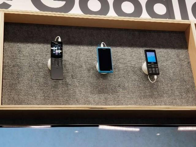 KaiOS Google CES 2019 Nokia N9