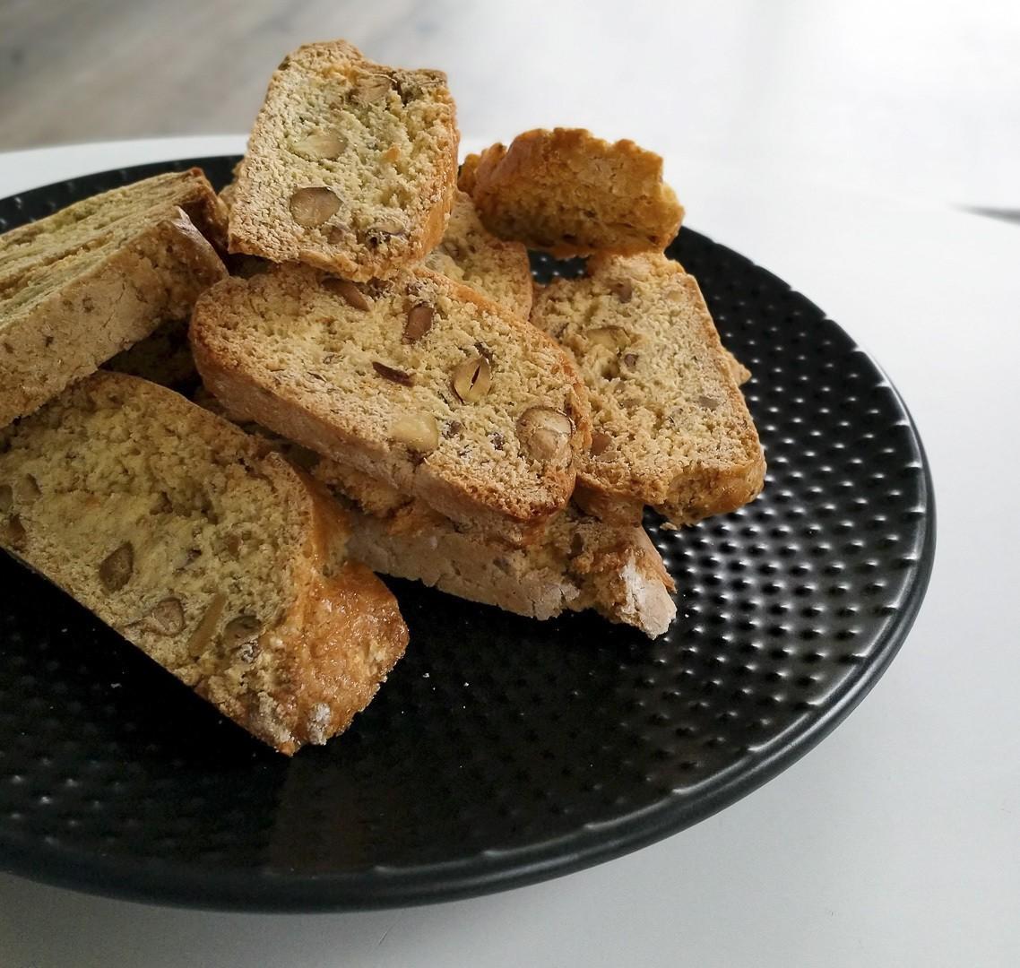 Cantuccini-à-la-pistache-et-aux-zestes-dorange-2