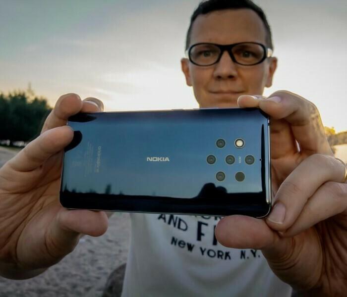 Le photographe et cinéaste Tuomas Harjumaaskola présente ses clichés pris avec le Nokia 9 PureView