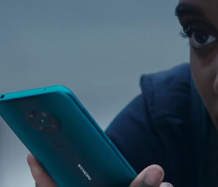Nokia Mobile dévoile la première vidéo de sa campagne publicitaire en partenariat avec le prochain James Bond : « Mourir peut attendre »